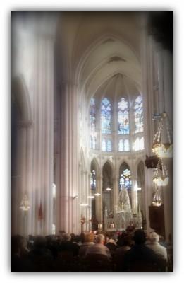 pèlerinage-montligeon-messe-purgatoire-souvenir Pèlerinage Chartres et Montligeon