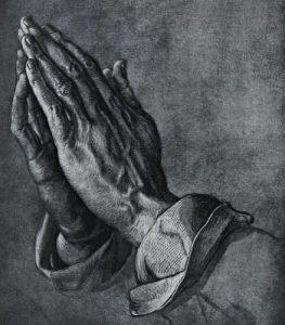 psaume-citadelle-mains-qui-prient Psaume 45,8-12 : Il est notre citadelle, le Dieu de Jacob