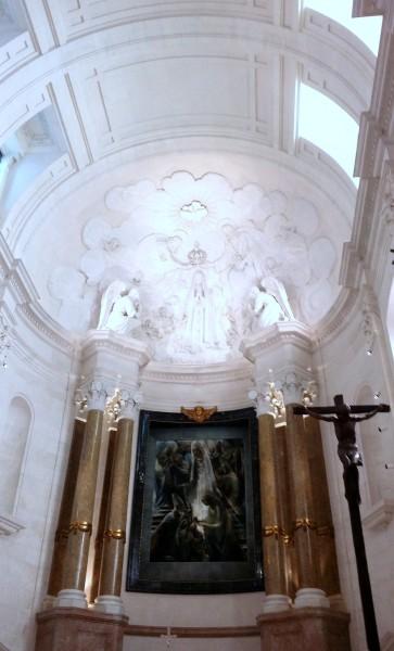 20160424_120457 La basilique du Rosaire, je vous salue Marie.