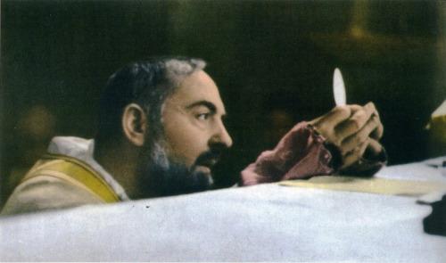 padre-pio Une prière pour le combat spirituel