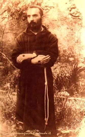 Padre-Pio-3 Pèlerinage en Italie Rome, Assise, Sans Giovanni Rotondo, Monte Sant-Angelo