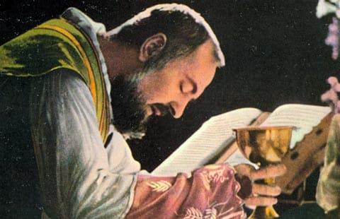 Padre-Pio-de-Pietrelcina Le Christ est vivant dans son Église.