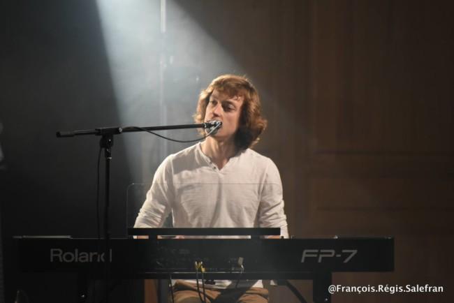 gabriel-lezgrand-2 Gabriel Legrand, chanteur de rock converti «De l'industrie automobile au chanteur chrétien»